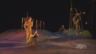 Sursaut : danser sur une célèbre fable