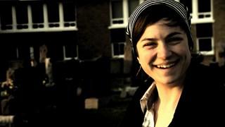 Écoute pour voir : Sarah Toussaint-Léveillé | Une laideronne sous la pluie
