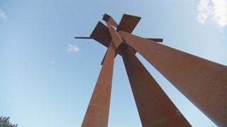 Un jardin d'œuvres d'art monumentales au Domaine Forget