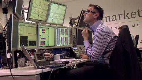 Derrière les grands marchés financiers du monde : le facteur humain