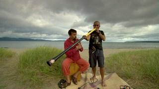 Tjupurru et Juan Sebastián Larobina | Rencontre musicale inédite