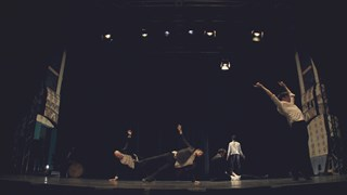 Série Webcarnets : Entrez dans la danse avec Sasha Kleinplatz