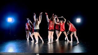 Techno/Com…En Équilibre   Quand la danse porte un message social