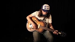 Raphaël Dénommé - «Trip au Canada» en session acoustique