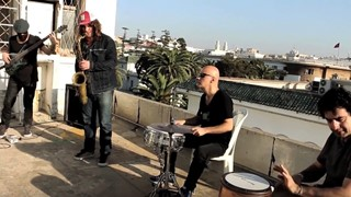 Ilhan Ersahin's Istanbul Sessions interprète « Mc Coy »