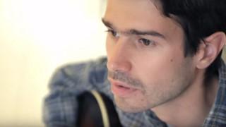 Nicolas Michaux - «À la vie, à la mort» en session acoustique