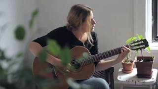 Helena Deland - «A Stone is a Stone» en session acoustique