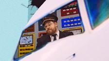 L'avion mystère………. .