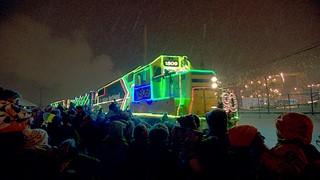 Le train de Noël entre en gare !