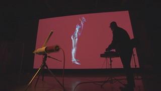 IMPAKT par Herman Kolgen : Une performance qui frappe