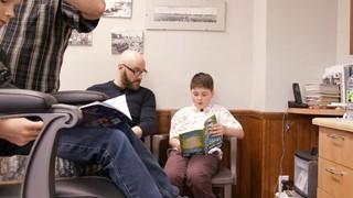 Lecture chez le barbier | Martin Michaud au Salon du livre de la Côte-Nord