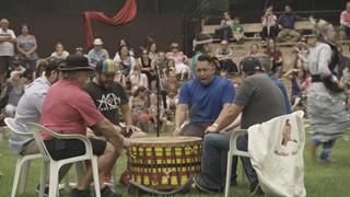 Groupe de tambours RedTail Spirit Singers au Pow Wow de Wendake