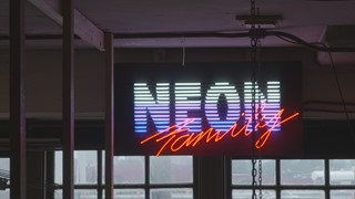 L'art du Néon | Poésie dans la ville