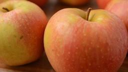 Y a-t-il vraiment beaucoup de pesticides sur les pommes?