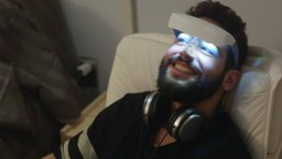 Rabii s'expose à la lumière bleue pour rendre son cerveau plus performant