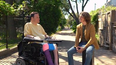 Quels sont les défis à relever afin de gagner sa vie lorsqu'on a un handicap physique important?
