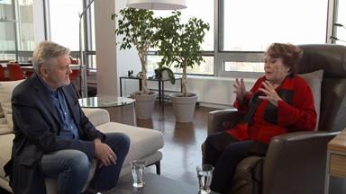 Entrevue avec Janette Bertrand et cas de conscience: faire des placements non éthiques