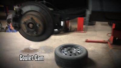 Un garage rempli de caméras et muni d'un nouveau système breveté