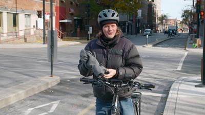 Acheter un vélo électrique est-ce rentable? / Pilote d'avion, la formation et les coûts